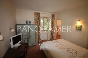 IMG_3002-Copier-300x200 IMG_3002 (Copier) immobilier Saint Tropez Grimaud Ramatuelle Gassin