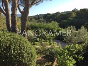 agence-immobiliere-grimaud-4-300x225 agence-immobiliere-grimaud-4 immobilier Saint Tropez Grimaud Ramatuelle Gassin