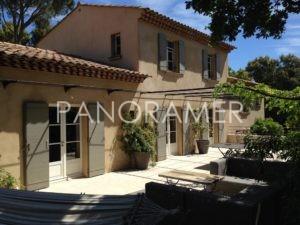 agence-immobiliere-saint-tropez-4-1-300x225 agence-immobiliere-saint-tropez-4 immobilier Saint Tropez Grimaud Ramatuelle Gassin