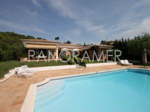 maison-a-vendre-grimaud-5-2-1-300x225 maison-a-vendre-grimaud-5-2 immobilier Saint Tropez Grimaud Ramatuelle Gassin