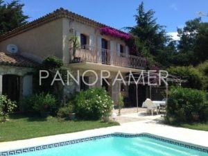 maison-a-vendre-grimaud-5-2-300x225 maison-a-vendre-grimaud-5 immobilier Saint Tropez Grimaud Ramatuelle Gassin