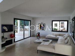 maison-a-vendre-grimaud-6-300x225 maison-a-vendre-grimaud-6 immobilier Saint Tropez Grimaud Ramatuelle Gassin