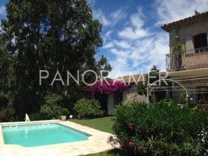 maison-a-vendre-grimaud-7-1-300x225 maison-a-vendre-grimaud-7 immobilier Saint Tropez Grimaud Ramatuelle Gassin
