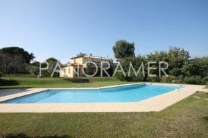 maison-a-vendre-saint-tropez-1-3-300x200 maison-a-vendre-saint-tropez-1 immobilier Saint Tropez Grimaud Ramatuelle Gassin