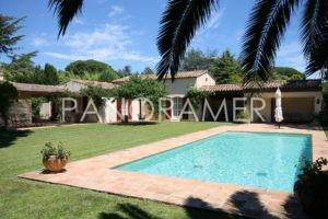 maison-a-vendre-saint-tropez-2-1-300x200 maison-a-vendre-saint-tropez-2 immobilier Saint Tropez Grimaud Ramatuelle Gassin