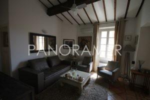 maison-a-vendre-saint-tropez-2-4-300x200 maison-a-vendre-saint-tropez-2 immobilier Saint Tropez Grimaud Ramatuelle Gassin