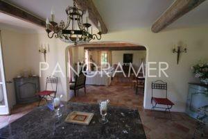 maison-a-vendre-saint-tropez-5-1-300x200 maison-a-vendre-saint-tropez-5 immobilier Saint Tropez Grimaud Ramatuelle Gassin