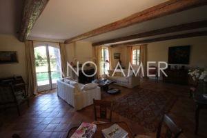 maison-a-vendre-saint-tropez-6-1-300x200 maison-a-vendre-saint-tropez-6 immobilier Saint Tropez Grimaud Ramatuelle Gassin