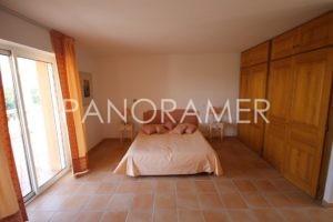 maison-a-vendre-saint-tropez-6-3-300x200 maison-a-vendre-saint-tropez-6 immobilier Saint Tropez Grimaud Ramatuelle Gassin