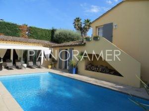 IMG_0390-Copier-300x225 IMG_0390 (Copier) immobilier Saint Tropez Grimaud Ramatuelle Gassin