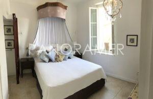 IMG_0392-Copier-300x195 IMG_0392 (Copier) immobilier Saint Tropez Grimaud Ramatuelle Gassin
