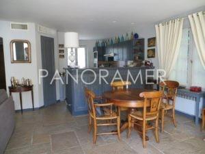 IMG_0397-Copier-300x225 IMG_0397 (Copier) immobilier Saint Tropez Grimaud Ramatuelle Gassin