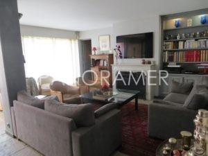 IMG_0400-Copier-300x225 IMG_0400 (Copier) immobilier Saint Tropez Grimaud Ramatuelle Gassin