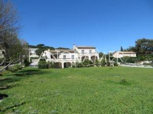 IMG_1651-Copier-300x225 IMG_1651 (Copier) immobilier Saint Tropez Grimaud Ramatuelle Gassin