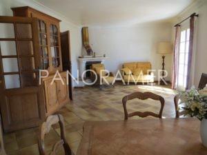 IMG_1668-Copier-300x225 IMG_1668 (Copier) immobilier Saint Tropez Grimaud Ramatuelle Gassin