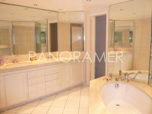 P1000442-Copier-300x225 P1000442 (Copier) immobilier Saint Tropez Grimaud Ramatuelle Gassin