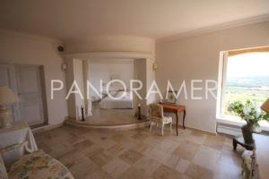 @1024-IMG_3994-300x200 @1024-IMG_3994 immobilier Saint Tropez Grimaud Ramatuelle Gassin