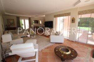 @1024-IMG_1571-300x200 @1024-IMG_1571 immobilier Saint Tropez Grimaud Ramatuelle Gassin