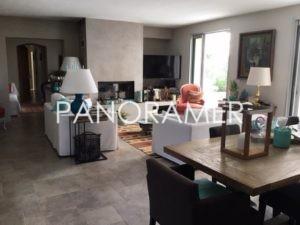 Propriete-de-prestige-grimaud-1-300x225 Propriete-de-prestige-grimaud-1 immobilier Saint Tropez Grimaud Ramatuelle Gassin