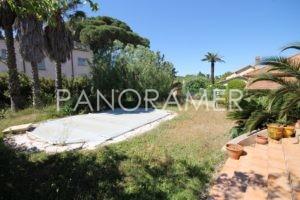 @1600-IMG_4344-300x200 @1600-IMG_4344 immobilier Saint Tropez Grimaud Ramatuelle Gassin