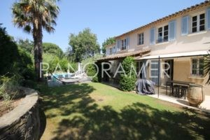 @1024-IMG_4348-300x200 @1024-IMG_4348 immobilier Saint Tropez Grimaud Ramatuelle Gassin