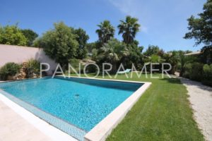 Agence-immobiliere-grimaud-2-300x200 Agence-immobiliere-grimaud-2 immobilier Saint Tropez Grimaud Ramatuelle Gassin
