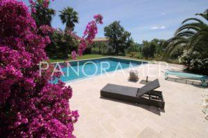Villa-prestige-grimaud-1-300x200 Villa-prestige-grimaud-1 immobilier Saint Tropez Grimaud Ramatuelle Gassin