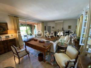 Propriete-de-prestige-saint-tropez-3-300x225 Propriete-de-prestige-saint-tropez-3 immobilier Saint Tropez Grimaud Ramatuelle Gassin
