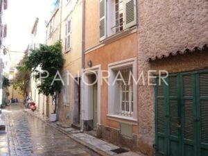 maison-de-village-saint-tropez-2-300x225 maison-de-village-saint-tropez-2 immobilier Saint Tropez Grimaud Ramatuelle Gassin